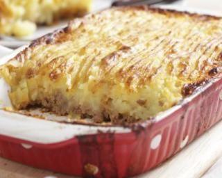 Hachis parmentier façon grand-mère : http://www.fourchette-et-bikini.fr/recettes/recettes-minceur/hachis-parmentier-facon-grand-mere.html