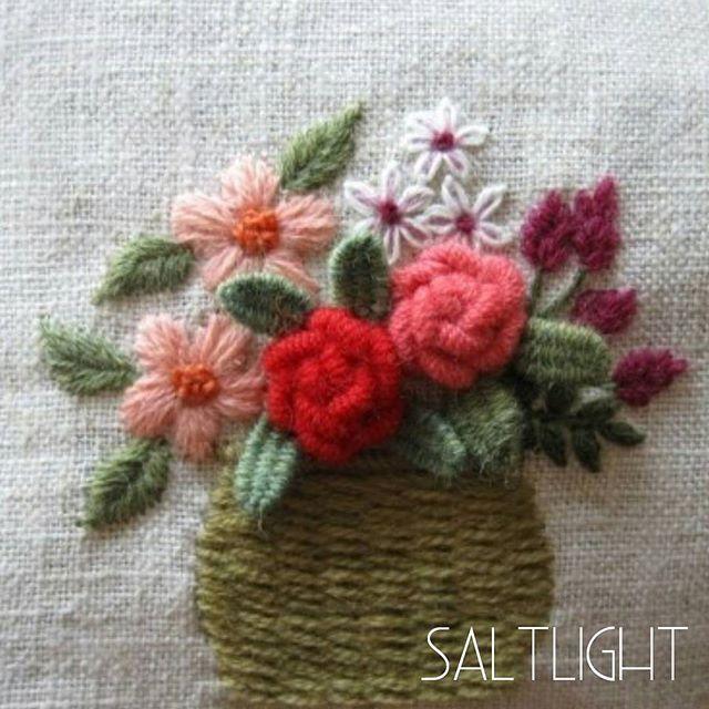 Lovely wool flowers