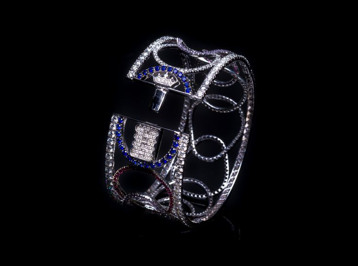 Taormina Bracelet - #digregorio_milano #digregoriogioielli_milano #whitediamonds #rubies #sapphires #amethyst #colourfull #multicolor #whitegold #bracelet #geometries #jewel #jewellery #finejewellery #luxury
