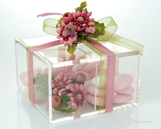 Box made of high quality Plexiglas, decorative hand made flower composition, organza and silk ribbon, Jordan Almond or chocolate candies.