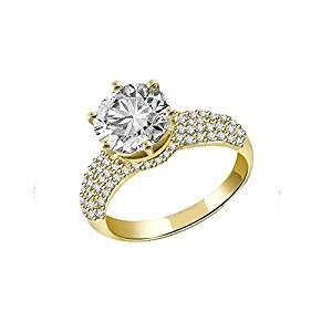 Sparkles 2,42 ct Diamante Anello In Oro Giallo 18 Kt La qualità dei nostri diamanti, tra cui la dimensione e la chiarezza, sono una lucentezza Buon taglio riflette la maggior parte della luce che entra donando una grande brillantezza. I pezzi di questa lavorazione precisa che rallegrerà qualsiasi gioielli amante. Garanzia a vita I produttori, garanzia 100% di soddisfazione. Realizzato in 18 K oro giallo e diamanti naturali al 100%. Presentato in elegante cofanetto.