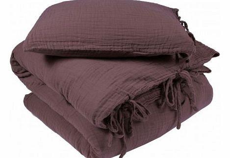 Numero 74 Bedding set - violet L,S Fabrics : Cotton Color : Purple Details : twist clasp M : 100 x 140 cm, L : 140 x 200 cm. http://www.comparestoreprices.co.uk//numero-74-bedding-set--violet-l-s.asp