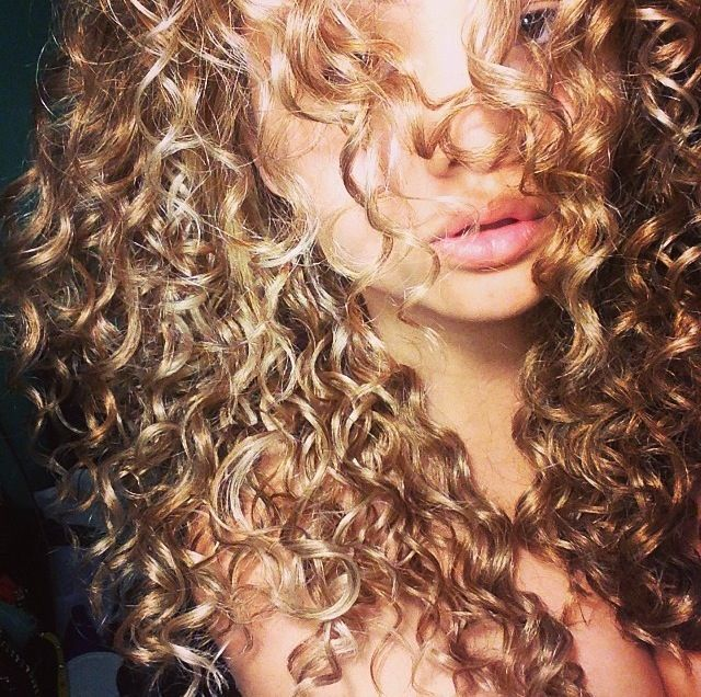 nice Natural curly hair... by http://www.dana-hairstyles.xyz/natural-curly-hair/natural-curly-hair-2/