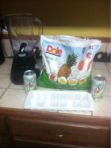 Frozen mixed fruit, diet 7 up and ice for zero weight watchers points