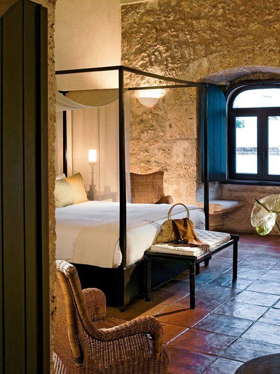 Book a room in a character hotel in SANTO DOMINGO: Hostal Nicolas de Ovando Santo Domingo - MGallery Collection