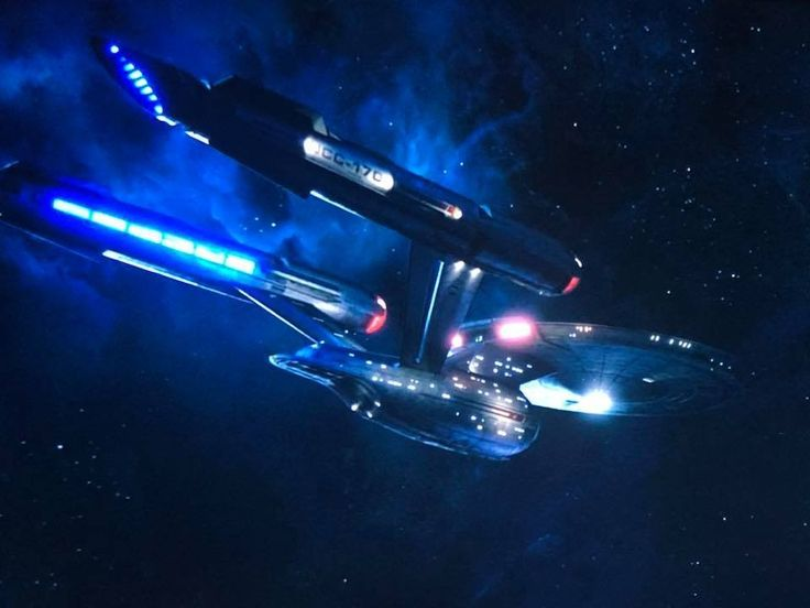 The final scene of the season is the #Enterprise coming up on the #Discovery. Here's what the Enterprise looks like. #StarTrekDiscovery