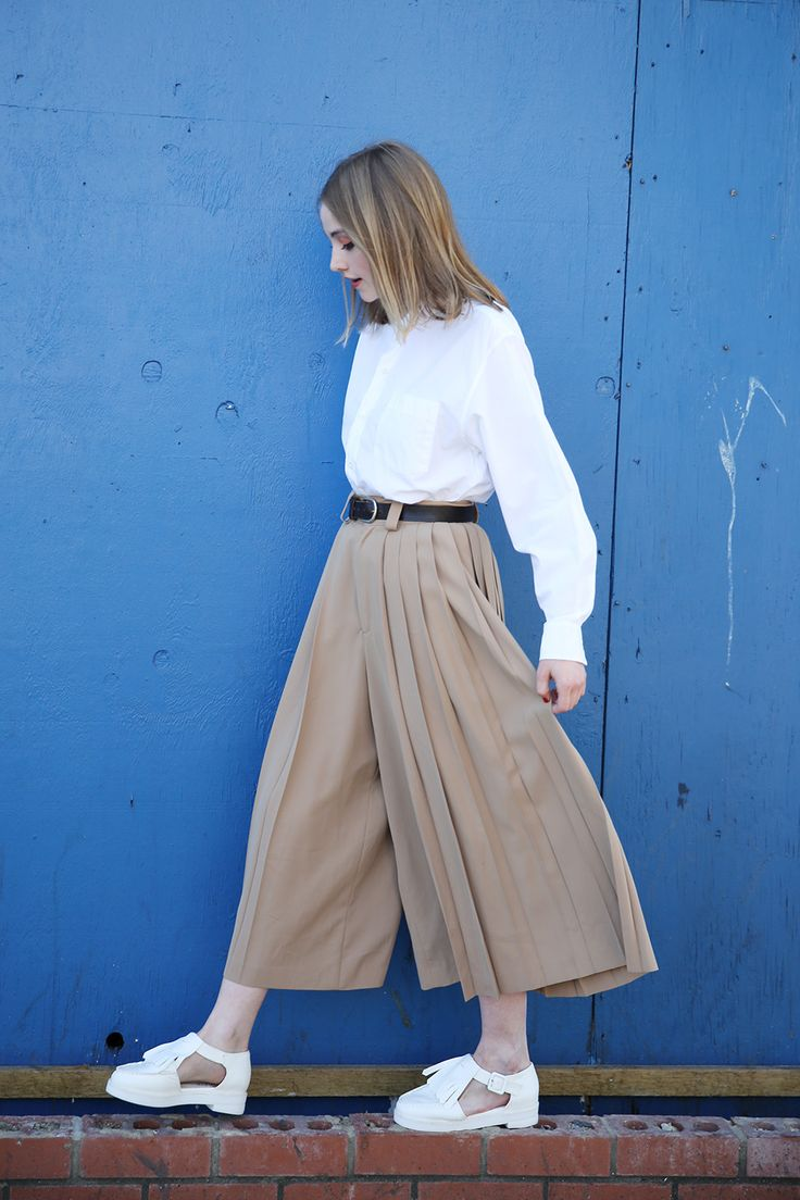 Sleek and chic..#TWP Vintage Comme Des Garcon Grandad Shirt  http://www.thewhitepepper.com/collections/vintage-tops/products/vintage-comme-des-garcon-grandad-shirt Vintage Pleated Trousers  http://www.thewhitepepper.com/collections/vintage-bottoms/products/vintage-pleated-trousers  Indian Cut-Out Brogue White http://www.thewhitepepper.com/collections/shoes/products/indian-cut-out-brogue-white