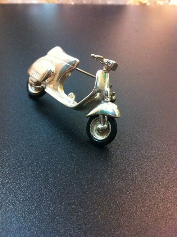 Funny sterling silver vespa brooch handmade by ArchipelagosBreeze, €68.00