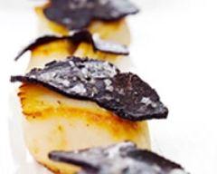 Coquilles Saint Jacques aux Truffes et à la fleur de sel (facile, rapide) - Une recette CuisineAZ