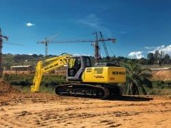 New Holland Construção - Escavadeiras Hidráulicas E215B - A New Holland apresenta a escavadeira hidráulica E215B, uma máquina desenvolvida com alta tecnologia, projetada para obter o rendimento máximo em todas as aplicações