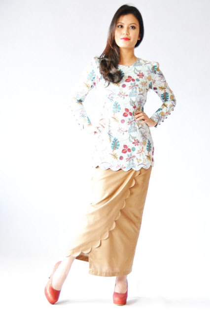 Scallop Bow Baju Kurung by Buttons Tradisional