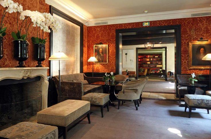 Small Spaces, Sweet Pleasures in Paris