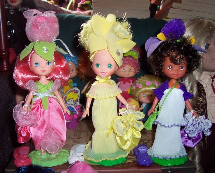 Anyone else remember Rose Petal Place?? I had all 3 of these dolls.