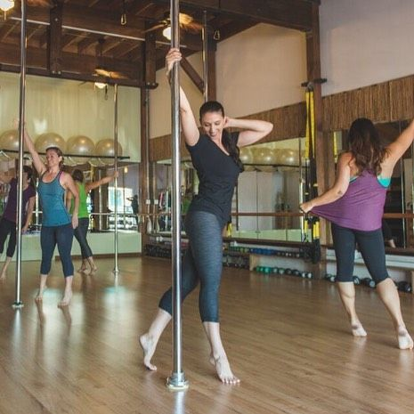 Did you know we have a Beginner Pole class starting January 5?  11:15-12:30pm. Join us for 6 week of sassy! #pole #poledance #thepoleroommaui #polevirgins