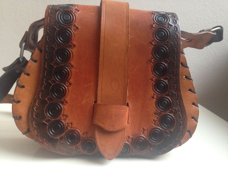 70ties leather bag