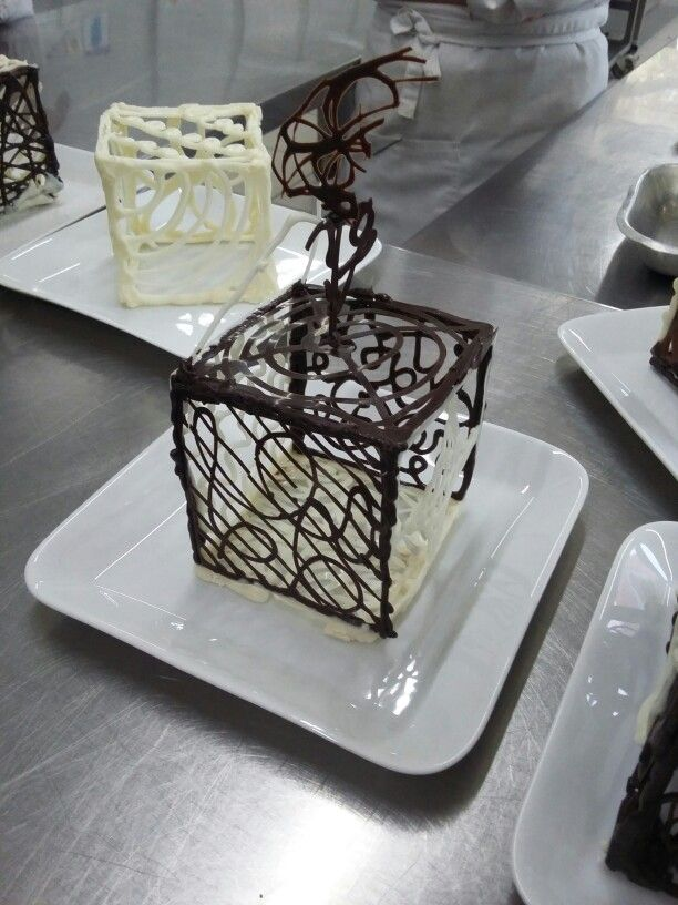"Chocolate cube ""black and waite"""