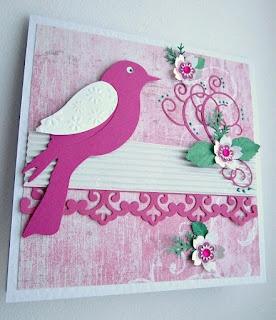 Розовая птица.