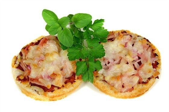 Мини-пиццы с ветчиной