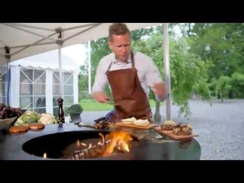 #OFYR #Sweden #theartofoutdoorcooking#grill#plancha#dutch#design#fireplace#outdoor #chef #hamburgers