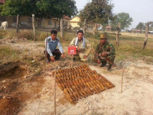 More than 140 unexploded mortar rounds found at Pursat school
