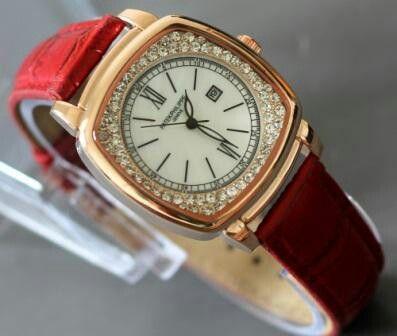 Merk : Patek Philippe Kualitas : KW 1 Kode: J.PAT.001.R Warna : merah Tipe : Wanita Diameter : 3,5 cm Bahan: Kulit Display : Analog Fitur : tanggal Tenaga : Baterai Jam sudah berikut Box  Price: 200,000  Bbm: 51214efd Sms/wa: 081210928227 @jamtangan.terbaru @jamtangankerena  jam tangan terbaru