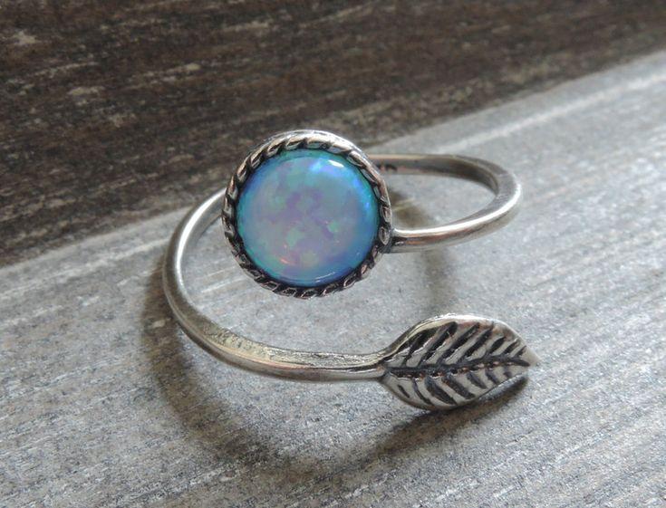 Ringen - Leaf ring antiek zilver blauw verstelbare takje - Een uniek product van MadamebutterflyMeagan op DaWanda