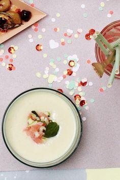 Recept Romige pastinaaksoep met gember, appel en gerookte zalm   ELLE Eten