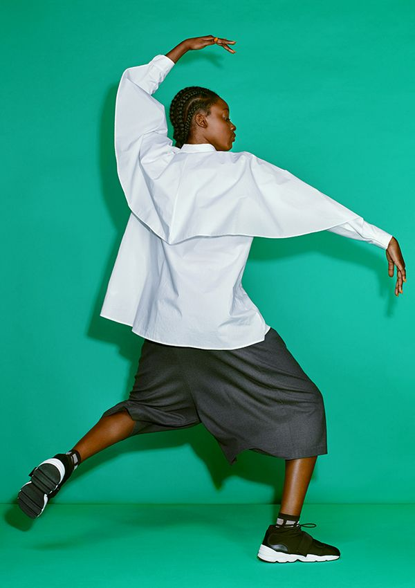 A crisp white blouse borne of 10 years of Monki's designers playing with the concept of shirting, always toying with structure and dimension.