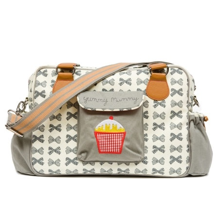 Pink Lining Yummy Mummy. I feel a diaper bag obsession coming on!