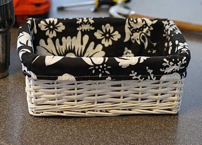 Running with Scissors tutorial on making fabric lined baskets