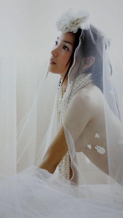 Ryoko Kuninaka : 国仲涼子