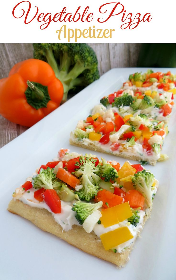 Looking for an easy Vegetable Appetizer? This Healthy Vegetable Pizza Appetizer is easy to make and a real crowd pleaser. Grab some crescent rolls, cream cheese, sour cream and lots of fresh vegetables. Made in 20 minutes