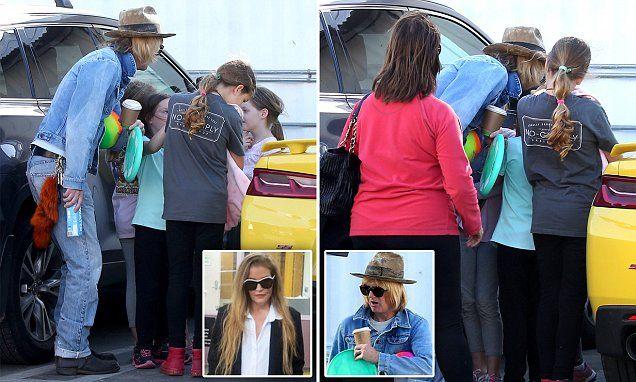 Lisa Marie ex Michael Lockwood kisses daughters goodbye at beach