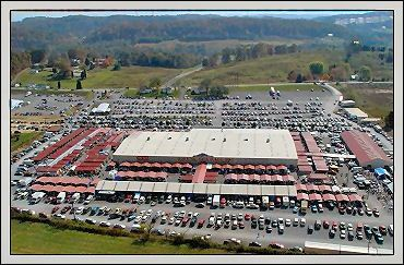 Great Smoky Mountain Flea Market - Over 500 indoor and outdoor booths offer a plethora of shopping opportunities. Open Friday, Saturday and Sunday year round.