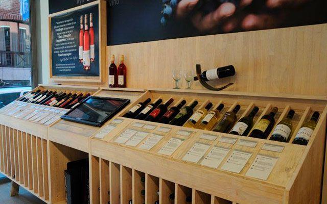 M s de 25 ideas incre bles sobre estanter a para copas de - Diseno de vinotecas ...