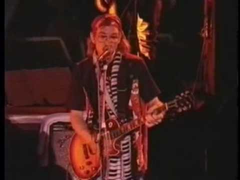 Joe Walsh, Joe Satriani, Steve Vai & Brian May - Rocky Mountain Way -  Live At Sevilla 1991