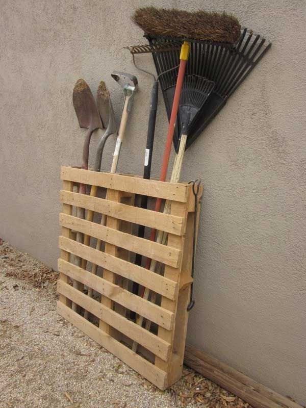 Not only the interior space need to arrange and decorate, but the home's outdoor space also need to be well decorated although it has more space. So with so more and more items, storage becomes more valuable. Here we provide some wonderful DIY outdoor storage ideas for you to well arrange your yard or garden. […]