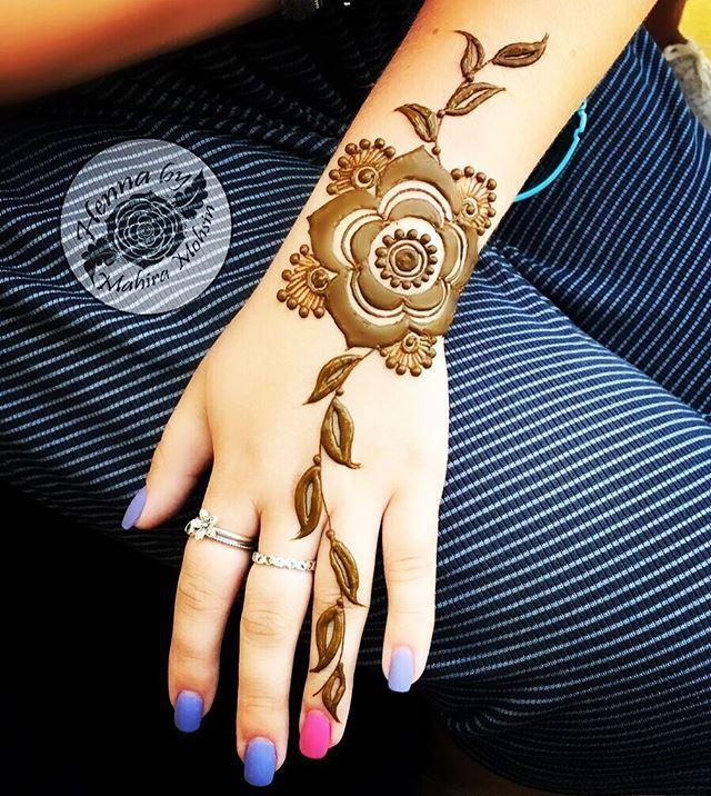It takes courage to let go of the familiar and embrace the new •*•*•*•*•*•*•*• For appointments in Dubai call /whatsapp @+971568783548 •*•*•*•*•*•*•*•*• #mahiramohsin #dubai #dxb #vegas_nay #dollhousedubai #hudabeauty #7enna #7ena #henna #hennapro #hennadubai #hennatattoo #hennadesign #hennainspire #dubaihennaartist #mehndi #mehandi #mehendi #heena #الحناء