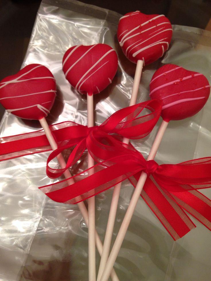Beautiful valentine pops