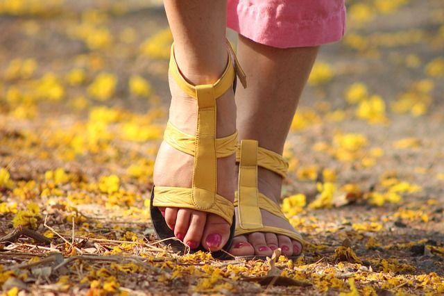 Lutter contre la transpiration excessive des pieds