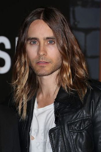 Jered Leto rocks a textured #ombre at the 2013 VMAs | See more looks from the #VMAs on www.salonmagazine.ca
