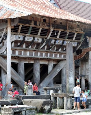 Spiegelglas: Desa Bawomataluo - Situs Megalitik di Nias Selatan...