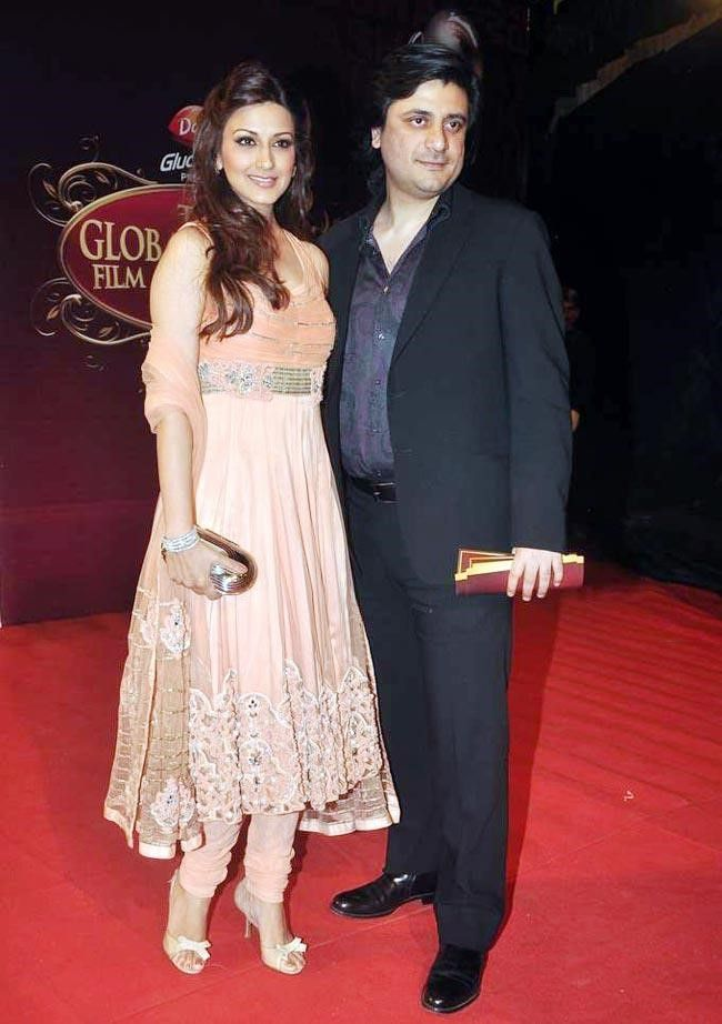 Indian Celebrities Who Marry With Their Directors - Sonali Bendre and Goldie Behl #Bollywood
