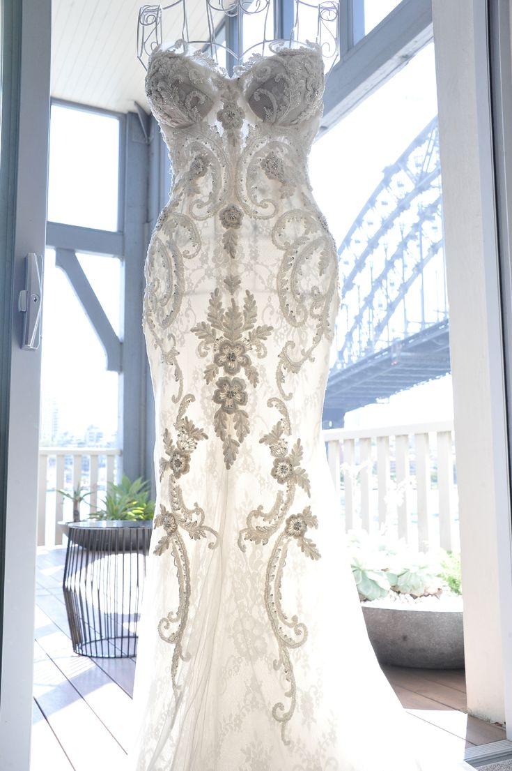 Superbe Steven Khalil Custom Made Used Wedding Dress On Sale 44% Off