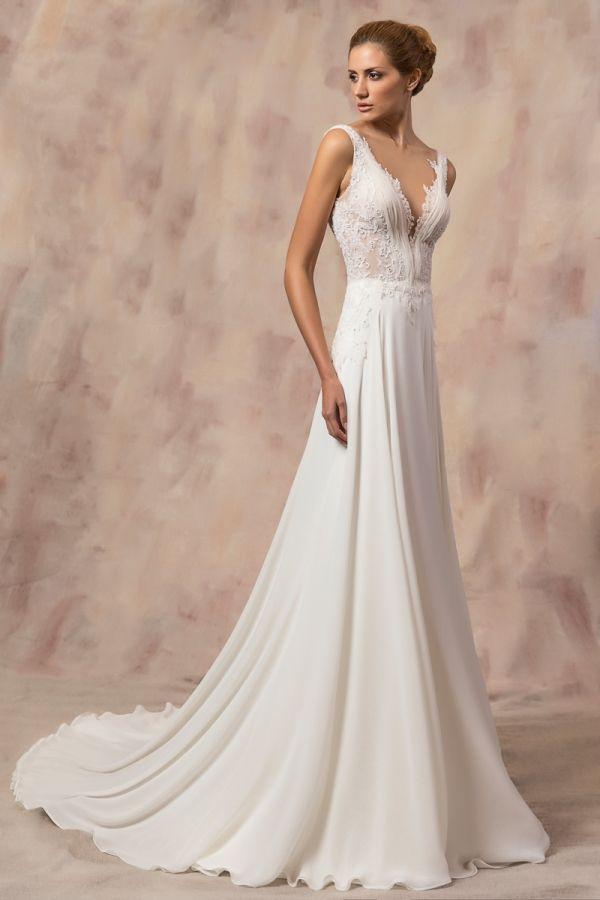 JENNA #weddinggown #celestialcollection #newbridalcollection #costantinobridal #weddingingreece