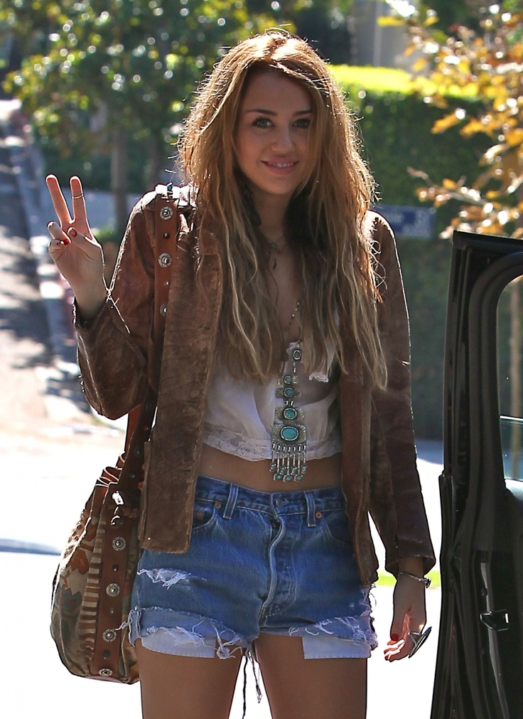 CUTE OR TRASHY? Miley Cyrus Outfit | LUUUX | My Style | Pinterest | Miley cyrus outfit Miley ...