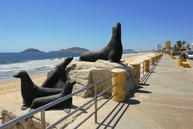 Monumento Los Lobos Marinos