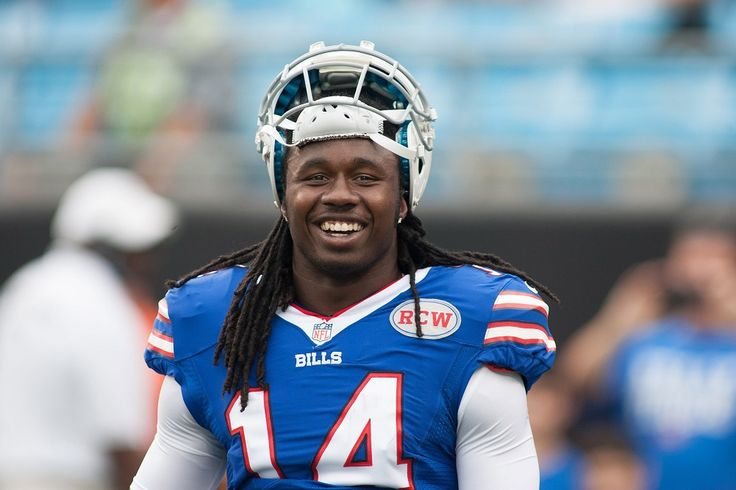 After the first day of NBA free agency Saturday resulted in some players agreeing to contracts in excess of $100 million, Buffalo Bills wide receiver Sammy Watkins took to Twitter on Sunday to promote NFL players getting bigger paydays....