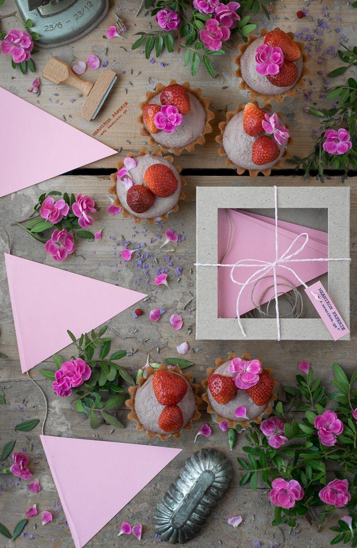 Τάρτες με Φράουλες!   NEANIKON