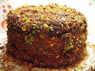 Zeytinağacı: Çikolatalı Fıstıklı Pasta
